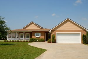 houses for rent with garage near me