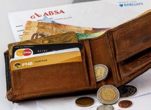 advantages of having a credit card