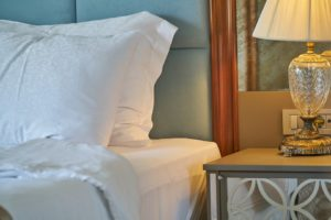 best hotel booking search engines