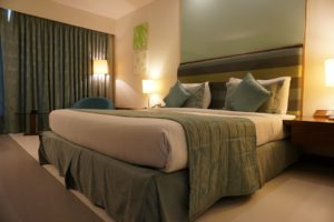 best hotel price search engine