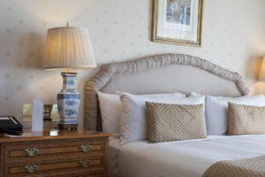 hotel room booking app