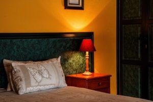 online hotel booking app